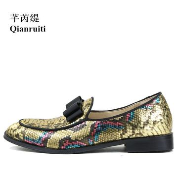 Qianruiti 2018 Fashion Show Men Gold Snakeskin leather Shoes Bowknot Slip-on Printing Oxfords Wedding Flats Men Dress Shoes