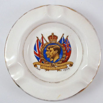Vintage Ashtray Commemorative Ashtray Memorabilia Ashtray Royal Visit Souvenir Ceramic Ashtray