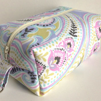 Large Boxy Bag, Dopp Kit, Boxy Makeup Bag, Large Cosmetic Bag, Large Makeup Bag, Pastel Makeup Bag, Pastel Pouch, Large Zipper Pouch
