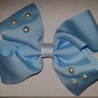 Baby Blue Pearl Bow