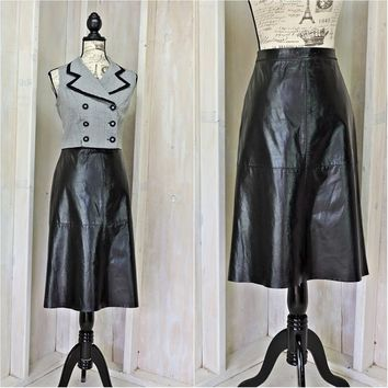 Black leather skirt  / size M 8 / 9 / Gap  /  vintage 80s high waisted leather skirt
