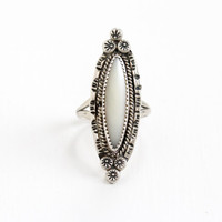 Vintage Sterling Silver White Mother of Pearl Marquise Flower Ring - Size 7 Retro Southwestern Native American Style Floral Jewelry