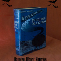 Harry Potter Advanced Potion Making Replica Book - Size Large