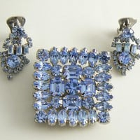 Beautiful Baby Blue Rhinestone Vintage Pin Earring Set