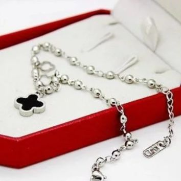Van Cleef & Arpels  New fashion double-sided hollow bead chain bracelet Silver