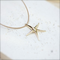 4 Bridesmaid necklace-gift - starfish pendant -gold pendant