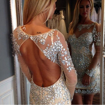 Sexy Champagne Evening Gowns Scoop Neck Long Sleeves Prom Dresses Beaded Crystal Rhinestone Backless Formal Gowns For Women