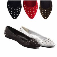 Spiked-stud Pointy Toe Ballet Flat (7, black)