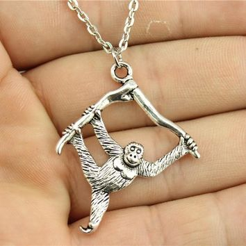 WYSIWYG fashion antique silver tone 39*32mm Orangutan monkey pendant necklace