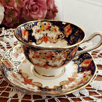 Antique Royal Albert Imari-Style Teacup - Derby Pattern - Hand-painted with Crown China Backstamp