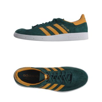 Adidas Low-Tops & Trainers