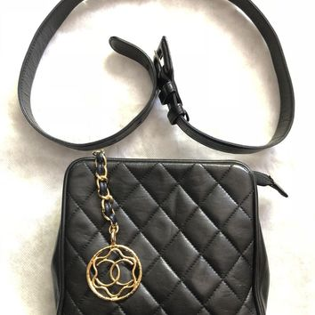 CHANEL Auth Jumbo CC Logo Rare Quilted Waist Bag Bum Pouch Pack Leather Vintage
