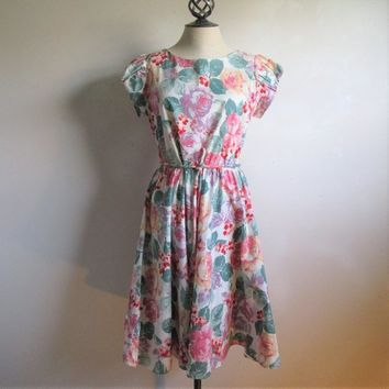70s Leslie Belle Cotton Dress Pink Green Pastel Floral Print Summer 1970s Short Sleeve Fit and Flare Dress Medium