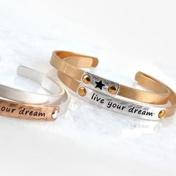 Live Your Dream Bracelet Set