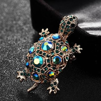 Blucome Green Rhinestone Turtle Brooch Pin Cute Kawaii Vintage Tortoise Brooches Kids Gift Animal Hijab Pins Bags Accessories