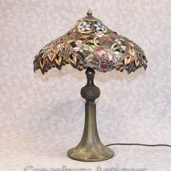 Canonbury - Tiffany Table - Art Nouveau Table Light Shade