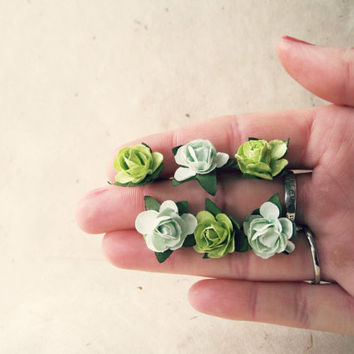 Olive and Mint Green Paper Rose Bobby Pins. Handmade Floral Hair Accessories. Light Chartreuse Green Flower Hair Pins for Summer Wedding.