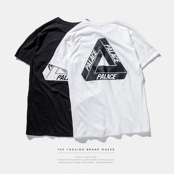DCCK PALACE Black and White Letter Print T-Shirt