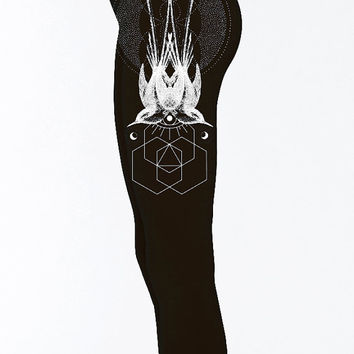 Women's Symmetrical Sparrows Black Leggings Sacred Geometry Dotwork Active Wear