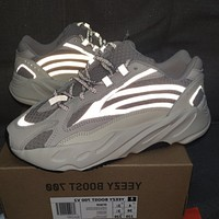 Adidas Yeezy Boost 700 V2 street fashion casual shoes for men and women 3#