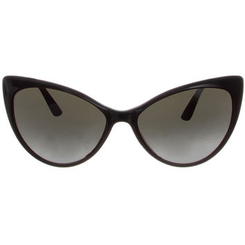 Feeling Catty Sunglasses in Black
