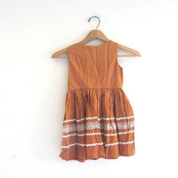 20% OFF SALE...Vintage 1950s Little Girls Dress in golden brown with Rick Rack / full skirt dress