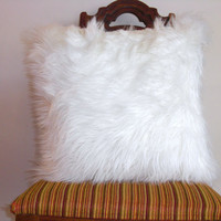 White fur pillow throw 18 X 18 fluffy white fur white linen pillow cover decorative ONE