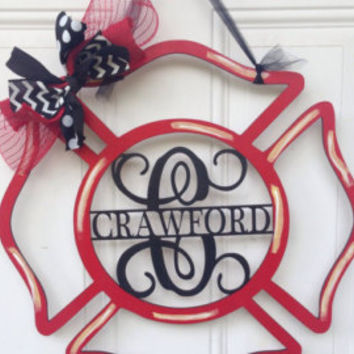 Personalized Fireman Door Hanger - Maltese Cross Wreath - Wedding Gift - Housewarming Gift - Personalized Gift