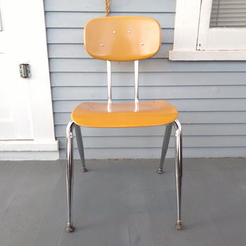 Vintage, Desk Chair, Chair, Adult, Teen, School House Chair, Beige, Chrome, Furniture, MidCentury, Industrial, RhymeswithDaughter