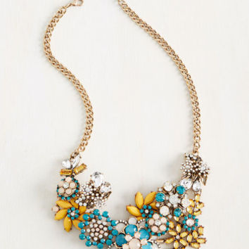Vow to Wow Necklace in Lake