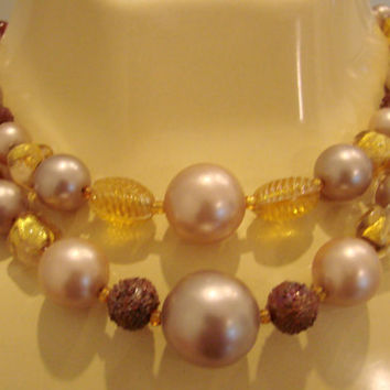 Art Glass Bead Necklace / Mid Century 50s 60s / Faux Amber / Neutral Colors / Vintage Jewelry / Jewellery