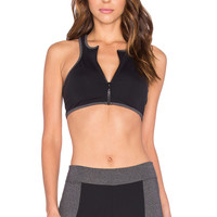 SOLOW Zipped Sports Bra in Black
