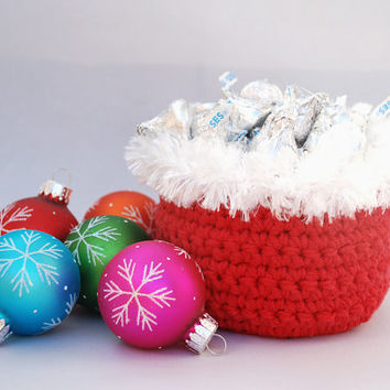 Christmas decor, Santa candy bowl, red basket with white fur trim, Christmas party favors, teacher gift, gifts under 20