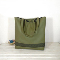 Green Leather bag, casual tote, everyday handbag, leather shoping bag, Messenger Bags, fresh purse, Big tote bag in Green color, totes