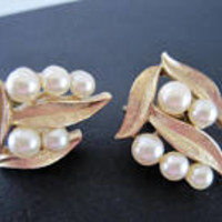 Crown Trifari Earrings, Faux Pearl Clusters, Gold Tone Setting, Vintage 60's Clip On Earrings