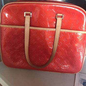 Louis Vuitton Vernis Red Sutton Tote Bag/luggage
