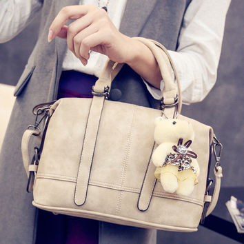 Women fashion handbags on sale = 4473188292