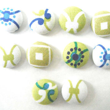 Cygnus Fabric Thumbtacks/Push Pins Set of 10 by PurplePoui on Etsy