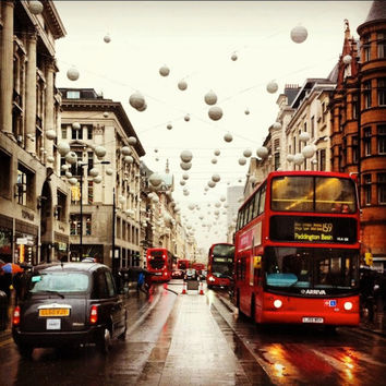 Buses and Baubles | Travel Photography | Architecture Photography | London | Red Bus | Holiday Photo
