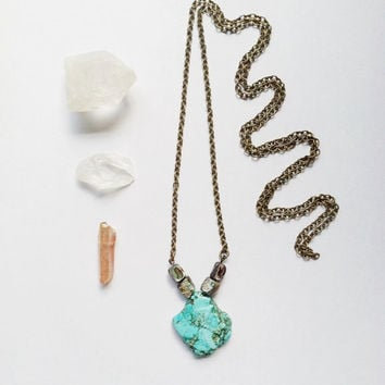 Turquoise Abalone Necklace // Minimal Necklace // Turquoise Blue Necklace // Stone Necklace // SImple Necklace