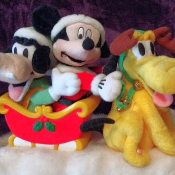 DISNEY'S MICKEY MOUSE AND FRIENDS ANIMATED MUSICAL MOVING PLUSH