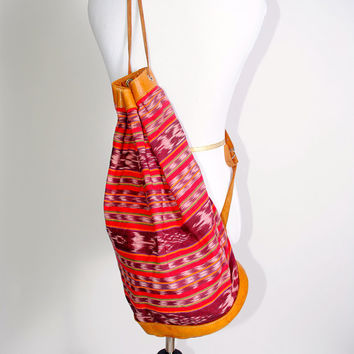 Vintage 1990s Oversized XL brown LEATHER mexican EMBROIDERED Red columbian ethnic tribal Backpack