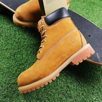 ONETOW Timberland Wool Waterproof Soft Toe Boots Wheat/Black Color
