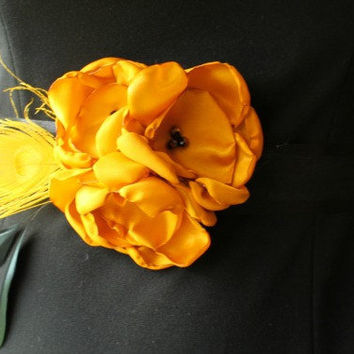 Golden Yellow Flower Sash for Maternity, Wedding Sash, Pregnancy Photo Prop with Gold Peacock and Black Feathers