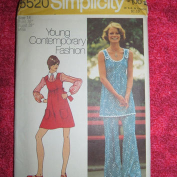 Sale 1970's Simplicity Sewing Pattern, 5520! Young Contemporary Fashion, Tank Top, Dress, Flare Pants, Summer and Spring, Casual & Maternity