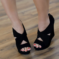 Madison Wedge (Black) - Piace Boutique