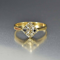 Vintage English Gold Diamond and Sapphire Ring