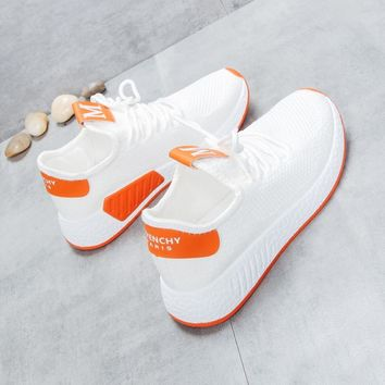 2019 autumn Korean female flying woven casual shoes women's wild shoes.