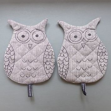 Pair Of Owl Hot Pads