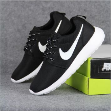 NIKE Women Men Running Sport Casual Shoes Sneakers Black white soles
